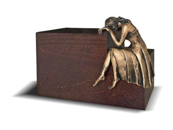 Weeping Woman Adult Funerary Urn