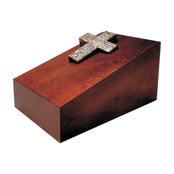 Cremation urn with latin Cross