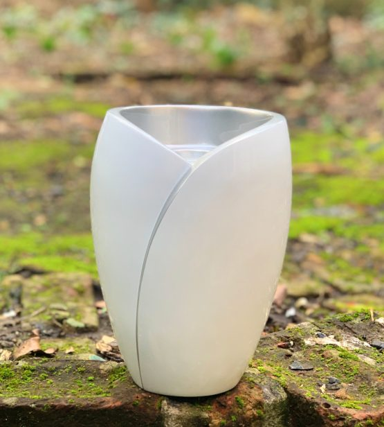 Fibreglass Cremation Ashes Urn Candle White